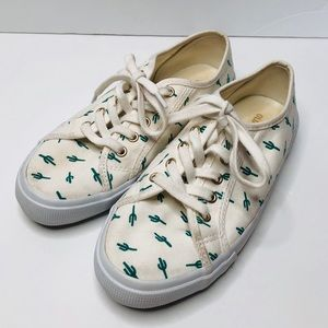 Old Navy Cactus Print Sneakers Size 6